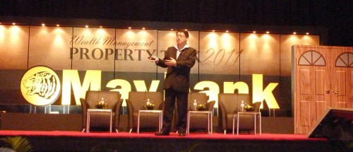 Master Soon Pointed Out A Few Serious Mistakes In Property Selection. MayBank, KLCC on 15 January 2011