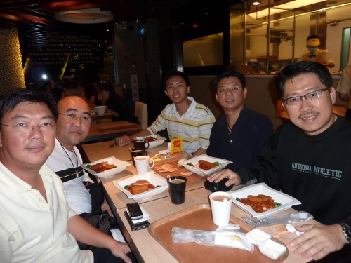 Master Soon & Students in Guangzhou at 12 Oct 2011. Finishing Guangzhou Feng Shui Excursion and, heading to Beijing Feng Shui Exploration. From Right to Left , Master Soon, Master Ong, Bryan Ong, Master Lim and Mr Neoh.