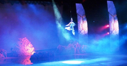 Although there are some Russians performers, however, the main roles are dominated by local Chinese. I was told that this is to maintain the spirit and soul of Chinese cultural show