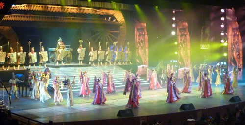 In fact, the show was repeating the Ancient Greatness  & Glogy of China to the audience....