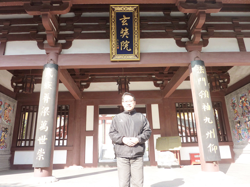 Master Soon at 灵古寺 Lin Gu Temple where part of Xuanzang's parietal bone relic is kept.